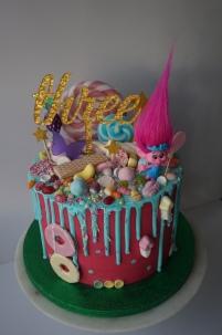 Trolls themed drip cake
